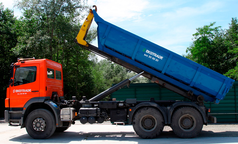 Camión de Ekotrade
